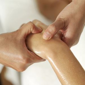 joint massage for arthritis and rheumatism