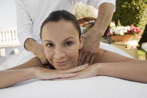 a lady having a shoulder massage